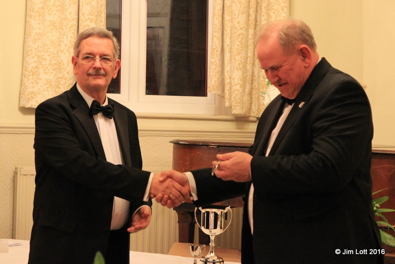 MG Car Club SW Centre Chairman, Jim Lott, presenting Ian Quarrington, MG Car Club Chairman, with tokens of appreciation for presenting the awards.