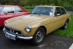 Sue and Andrew Owst's MGB GT